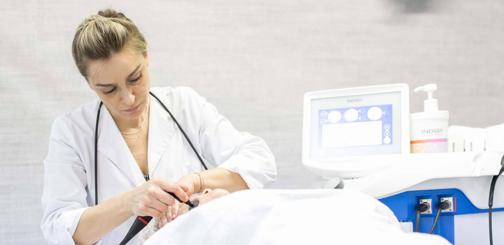 Medicina Estética Avanzada en Ferrol INDIBA® Deep Care